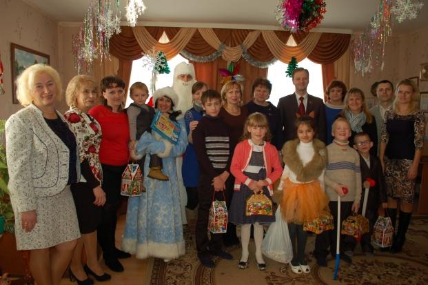 """Благотворительная акция """"Наши дети"""" в Кормянском районе"""